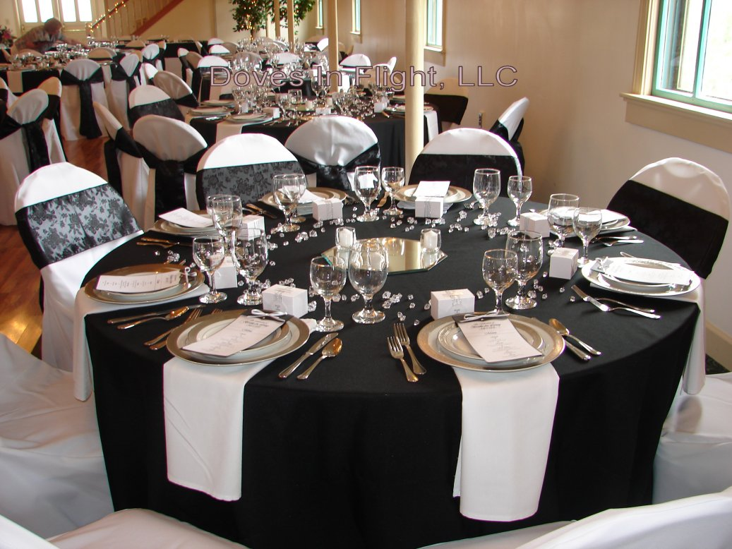 Chair covers of lansing table decorations - Black silver and white party decorations ...